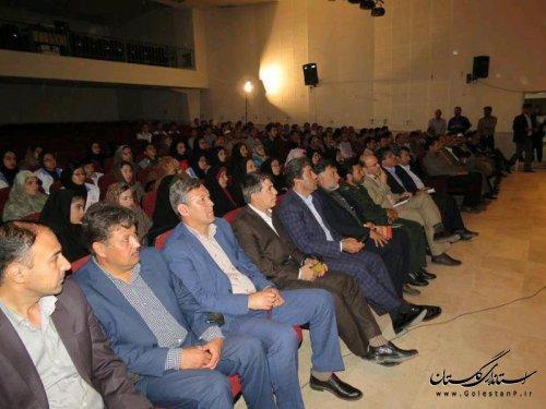 همایش توسعه شهرستان ترکمن بر پایه های ایده های جوانان برگزار شد